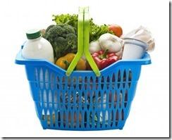 6200077-carrello-della-spesa-in-plastica-blu-su-sfondo-bianco-pieno-di-negozi-di-generi-alimentari